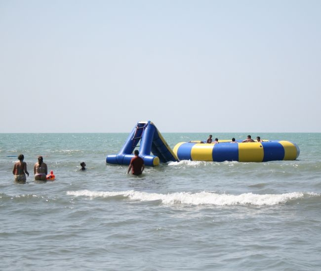 aquajump-